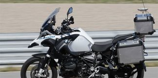 BMW-Self-Driving-Motorcycle