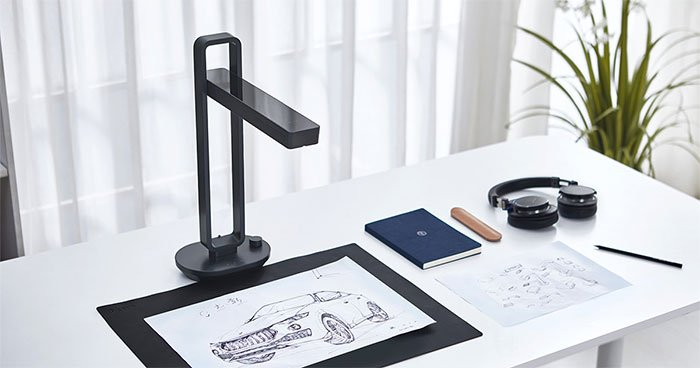 CZUR Aura scans books, documents, objects in high quality in minutes