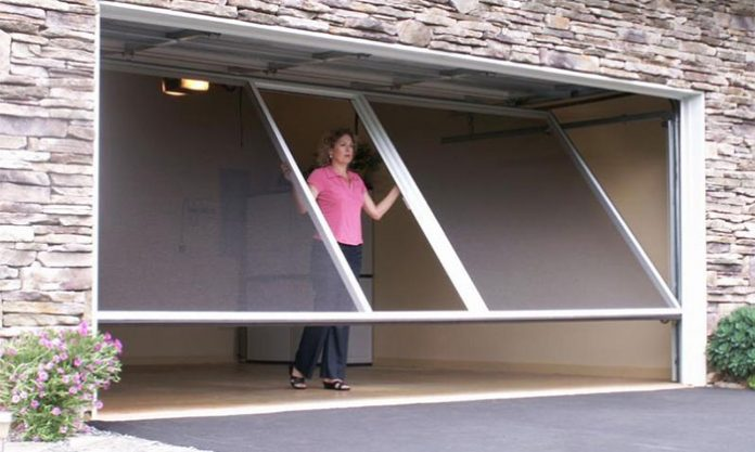 Lifestyle-Garage-Door-Screen