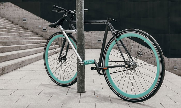 World's first theft-proof bike with integrated anti-theft lock