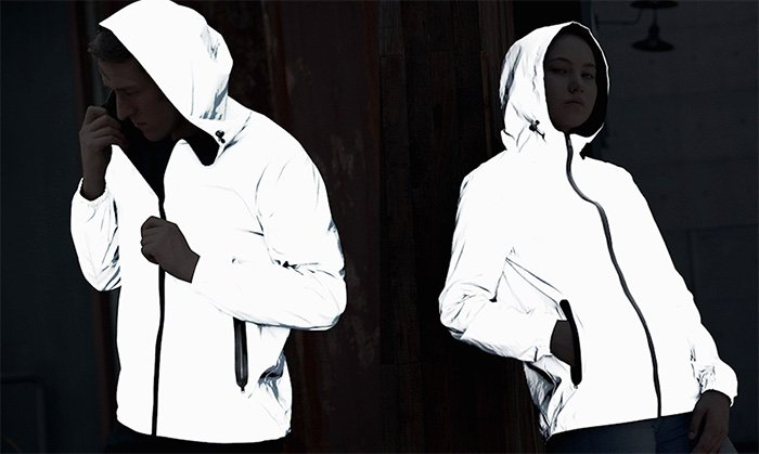 DuoTek – The Ultralight Reflective and Reversible Jacket