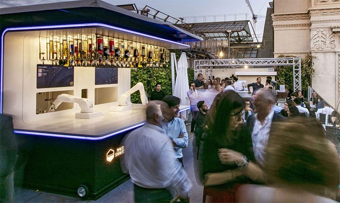 Makr Shakr unveils new rooftop robotic bars in Milan and London