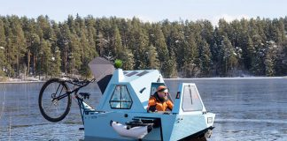 Z-Triton-House-Boat-Trike-On-Water