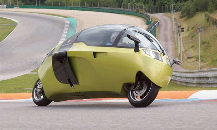 MonoRacer-Fully-Enclosed-Motorcycle-Long-Distance-Travel